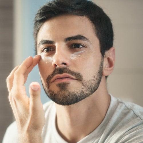 Richtige Anwendung der Mittel gegen Augenringe und Tränensäcke