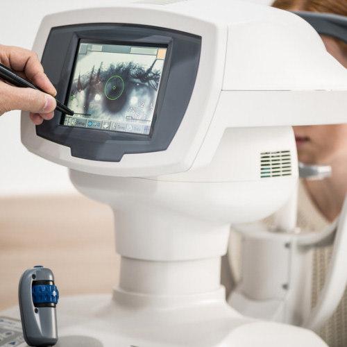 Travaille un sérum de cils-scientifiques d'examen d'ophtalmologie